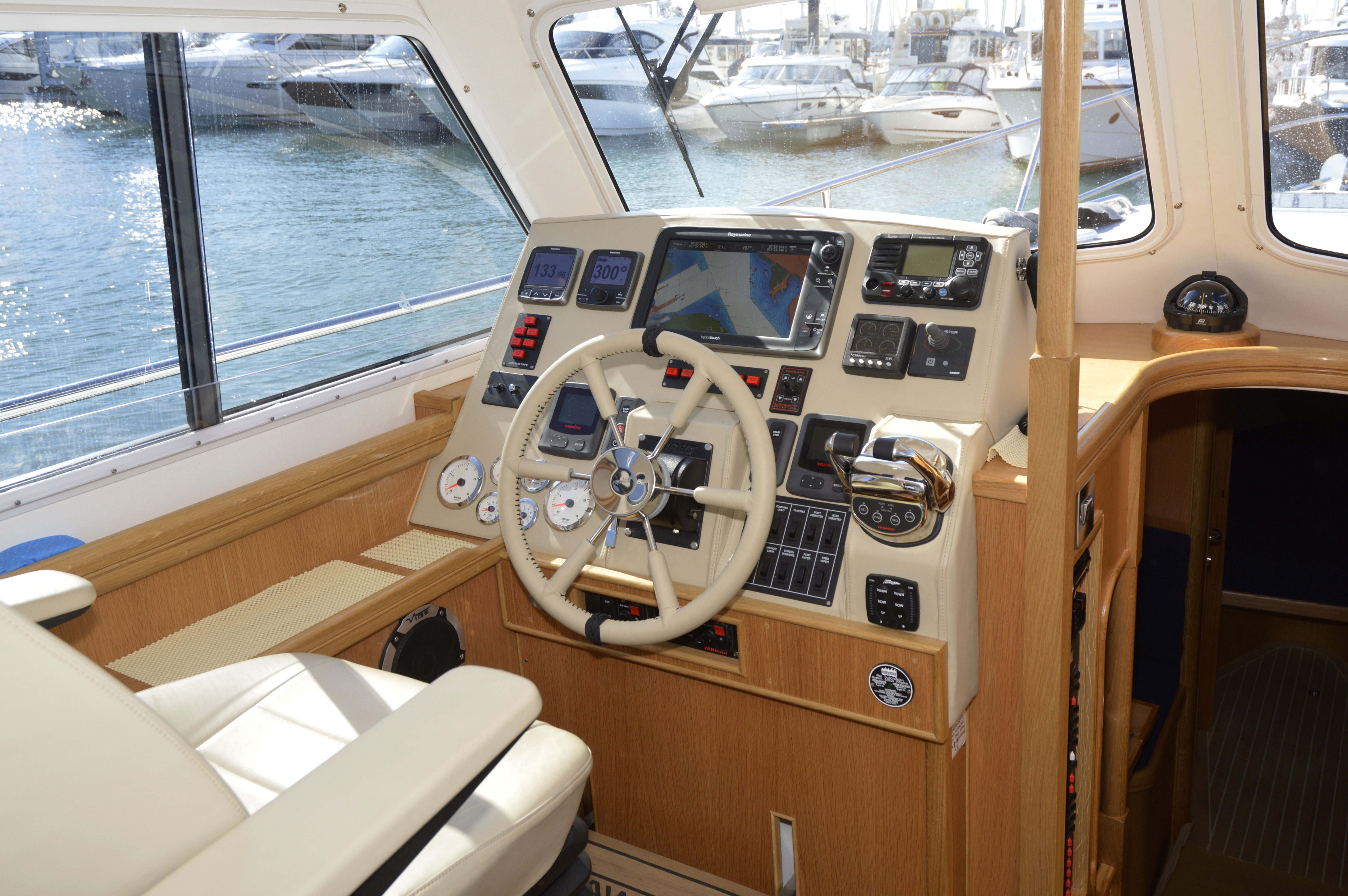 Seaward 35 E20 Motor Cruiser | Seaward Boats
